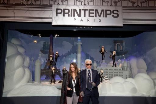 marcando tendencia inauguracion escaparate navidad paris 2011 le printemps karl lagerfeld